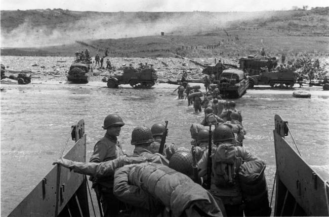 Soldiers coming ashore at Normandy on D-Day
