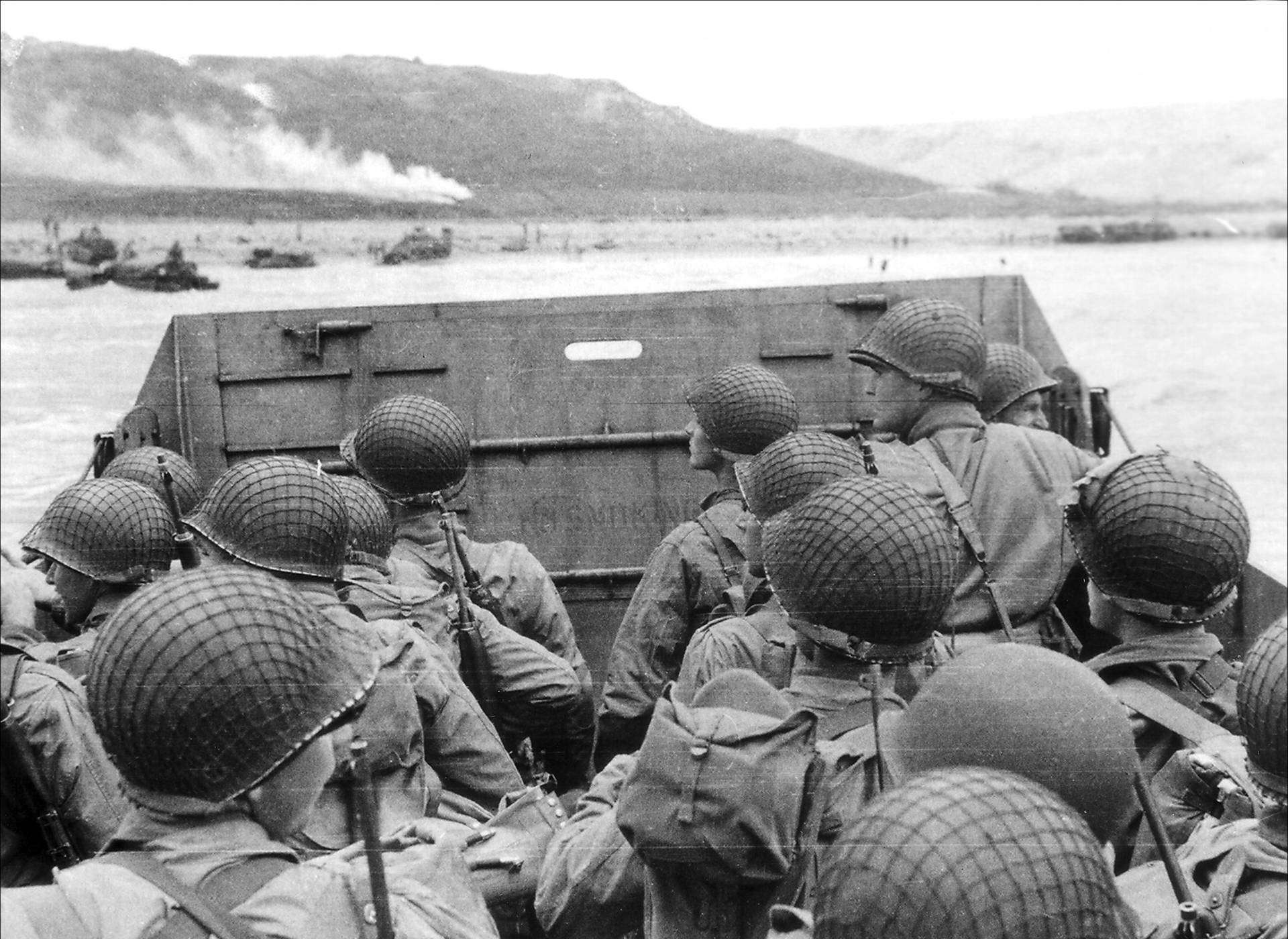 D-Day Invasion of Normandy gallery, photo of soldiers storming the beaches of Normandy