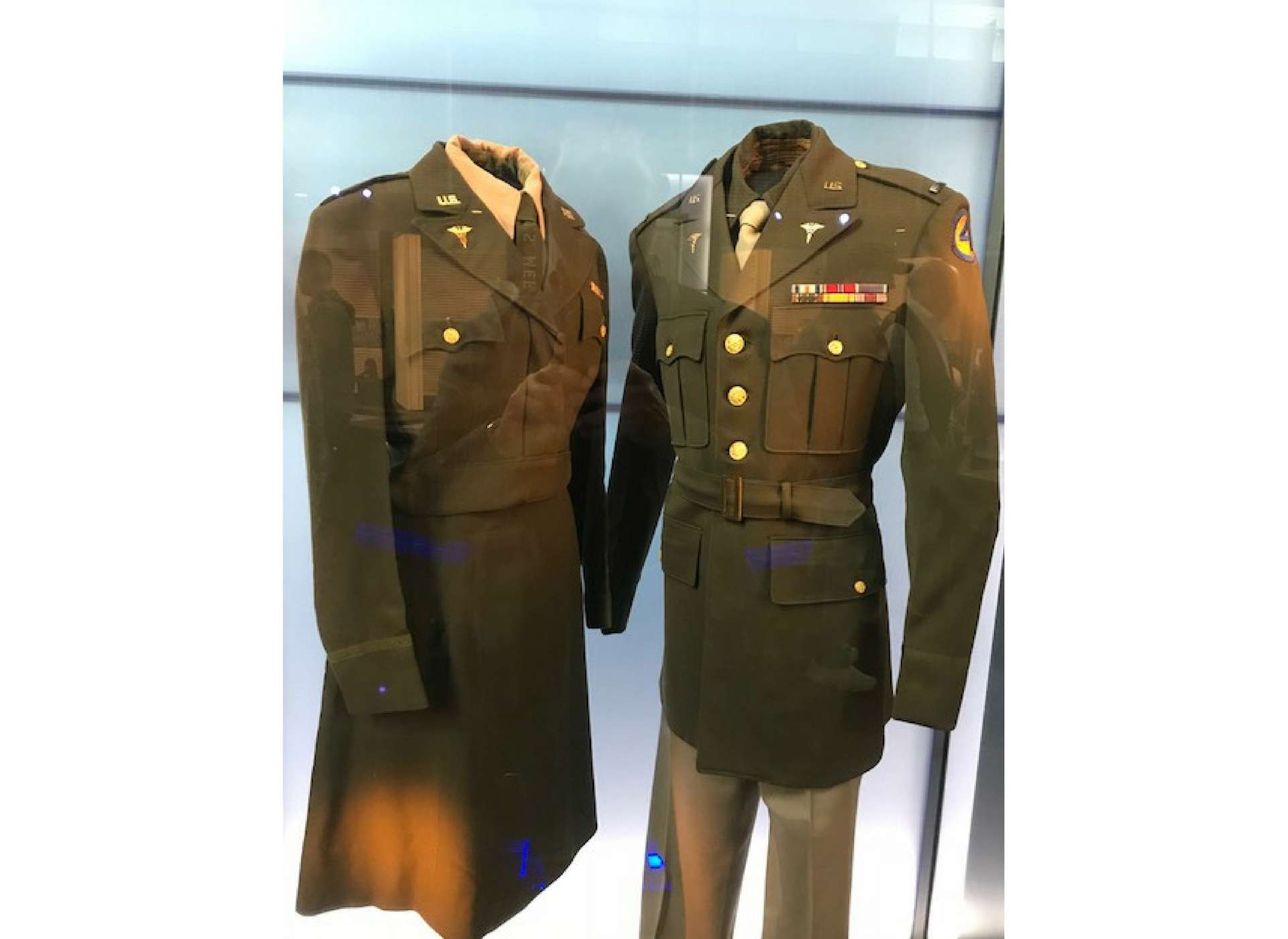 a3eddada82af3 winter service uniform