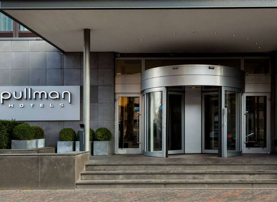 Pullman Eindhoven Cocagne hotel exterior