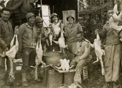 WWII soldiers with chickens
