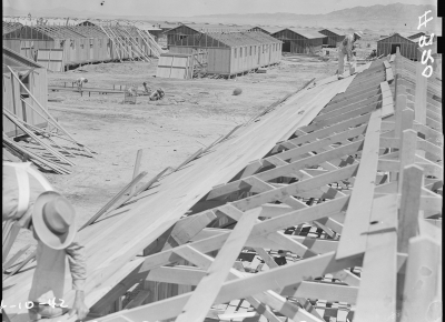 Constructing quarters for evacuees of Japanese ancestry at War Relocation Authority
