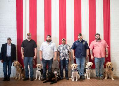 Servicemembers with Servicedogs